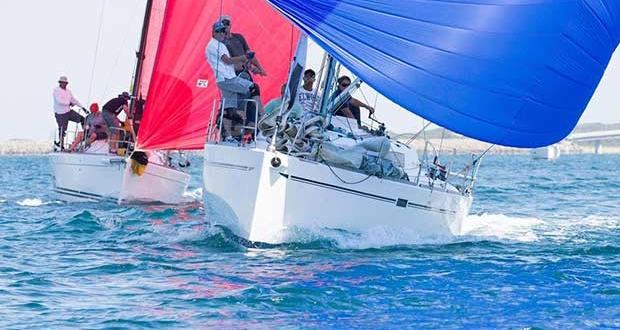 Dynamic and Fat Wallet Lost, together with Prime Factor, enjoyed close boat-on-boat racing. - Cockburn Sound Regatta 2016 © Bernie Kaaks