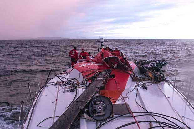 MAPFRE crew recover the rig after dismasting on March 30, 2017 off the Spanish coast © MAPFRE