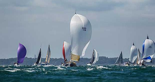 Lendy Cowes Week 2017 Dymond