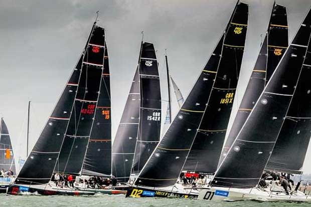 12 FAST40+ teams make up the largest Grand Prix class racing at Lendy Cowes Week. © Paul Wyeth / CWL
