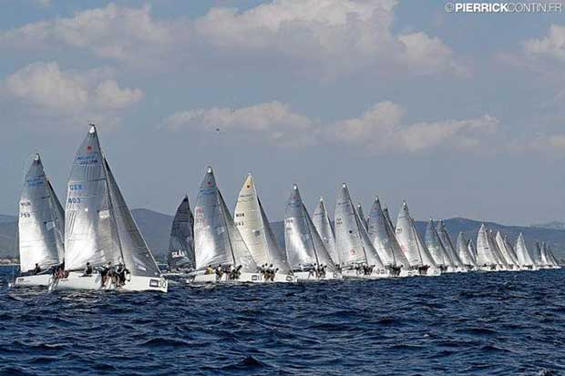 Melges 24 fleet on the starting line at the Marinepool Melges 24 European Championship 2016 in Hyeres, France © Pierrick Contin http://www.pierrickcontin.fr/