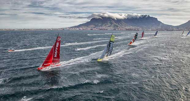November 19, 2014. The fleet at the start of Leg 2 from Cape Town to Abu Dhabi. © Ainhoa Sanchez / Volvo Ocean Race