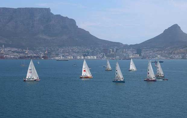 Cape Town race start from helicopter – Clipper Round the World Yacht Race Clipper Ventures