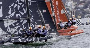 Kleenmaid and tech2 battle for position © Crosbie Lorimer