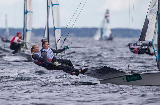 Natasha Bryant and Annie Wilmot - 2018 Hempel Sailing World Championships © Sailing Energy