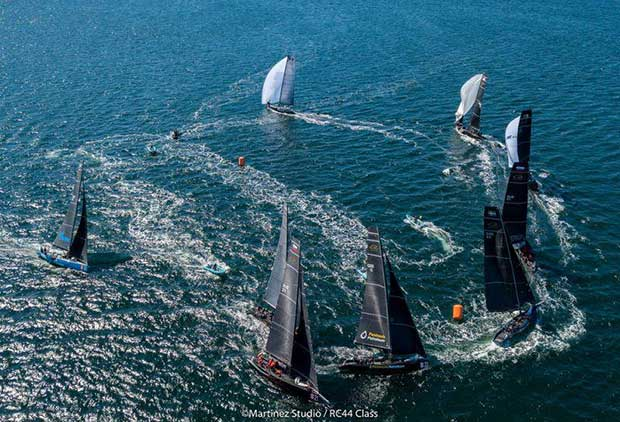 Aleph Racing leads the RC44 fleet going downwind © Martinez Studio / RC44 Class