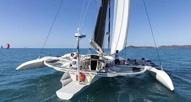 Ave Gitana crewed by women - SeaLink Magnetic Island Race Week © Andrea Francolini