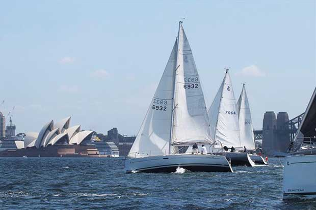 Flying Circus is skippered by Craig Boulton and was the winner of Division B on the day. Seen here getting away from the start. © Alex McKinnon Photography