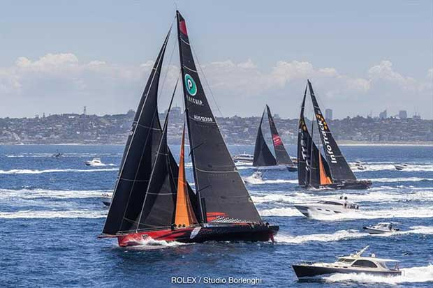 he competition for line honours is just heating up in the Rolex Sydney Hobart Yacht Race © Rolex / Studio Borlenghi