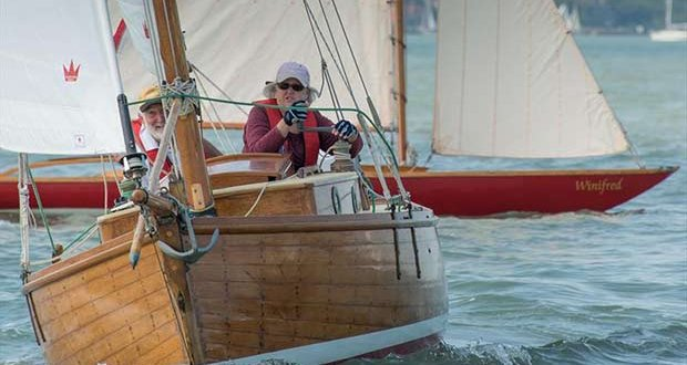 1927 built gaffer Chough in action at Cowes Classics Week © Tim Jeffreys Photography