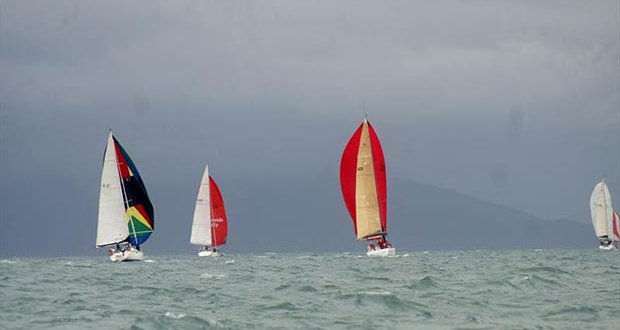 Even the tropics has a grey day during Quicksilver Port Douglas Race Week © Robyn Shelly