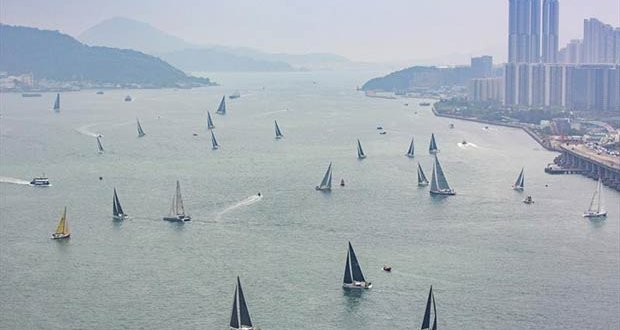 Start Rolex China Sea Race © Daniel Forster