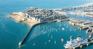 The fortified city of Saint-Malo will be celebrating French National Day this weekend. © St Malo Tourisme