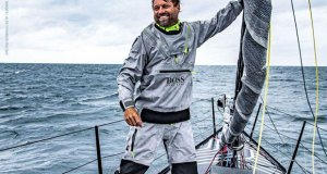 Alex Thomson on bow © Lloyd Images / Alex Thomson Racing