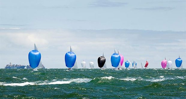 The fleet under kite – the wind built all afternoon as the cloud dissolved. Classic racing weather. - 2020 Etchells Australian Championship, final day © John Curnow