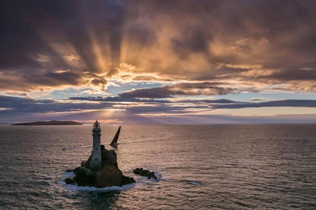 Capturing the spirit of the Rolex Fastnet Race at the iconic Fastnet Rock. A masterclass in photography from the legendary Carlo Borlenghi © Carlo Borlenghi / Rolex