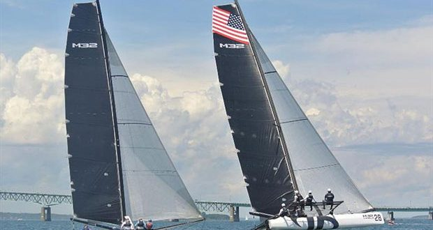 Team Argo with Jason Carroll at the Midtown Cup in Newport. - photo © M32 World