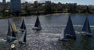 Division 1 hits the startline. © Bow Caddy Media – Dale Lorimer