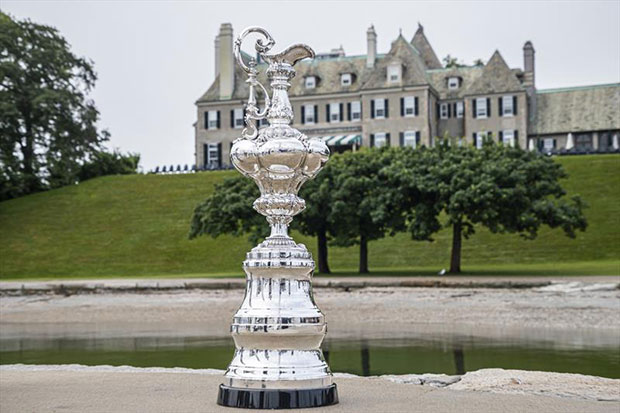 The America's Cup Trophy in front of the New York Yacht Club's Newport Club House © Carlo Borlenghi